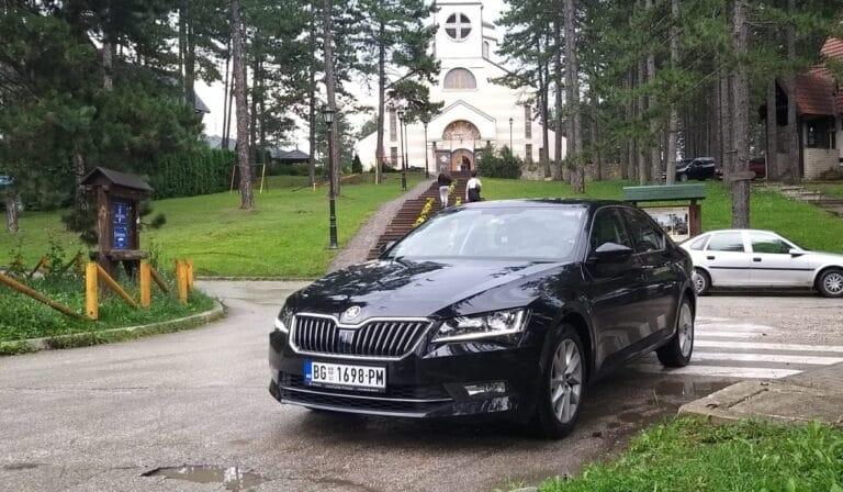 Škoda Superb 2019 Black Limo